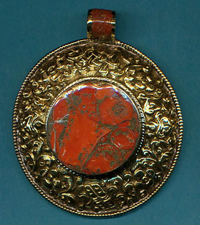 Large Circular Pendant with Coral.JPG